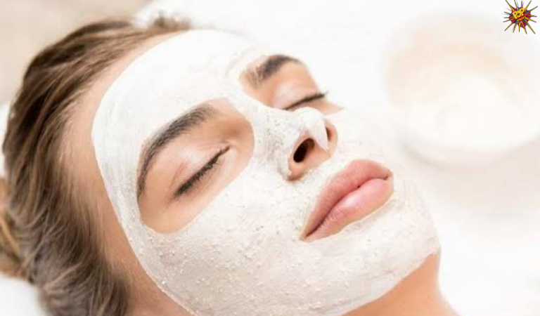 We all desire of having skin like our celebrity beauties! But do you know the important part of their skincare? Check out these top 6 face masks recommended by celebrities!
