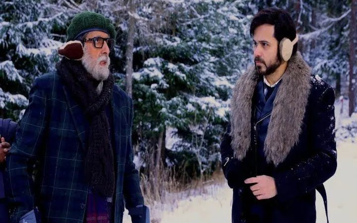 Amitabh Bachchan praises 'Chehre' producer Anand Pandit for pulling off a gruelling schedule in Slovakia