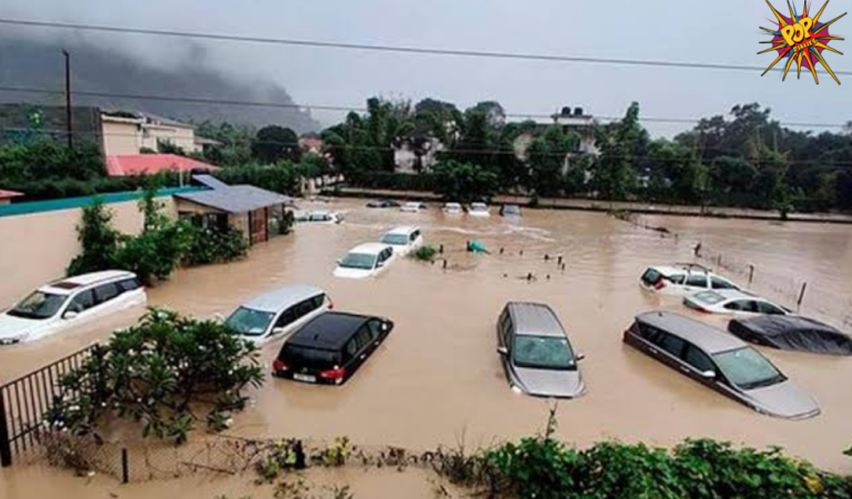 A Cloud burst drenched Nainital District away, people got worried and were devastatingly affected