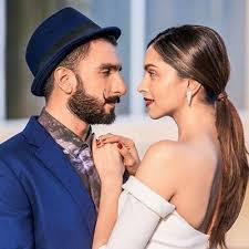 Deepika Padukone has given me a lot of tips to do a better job as the host : Ranveer Singh!